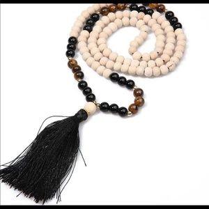 Jewelry - Unique Beaded Necklace